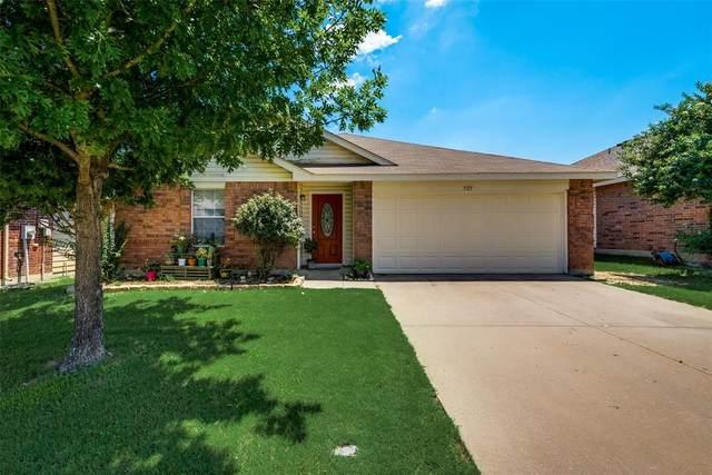 525 Rosario Lane, Fort Worth, TX 76052 (MLS #14604583) :: Robbins Real Estate Group