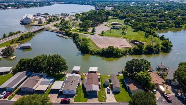 209 Brazos Harbor Drive, Granbury, TX 76048 (MLS #14604632) :: Trinity Premier Properties