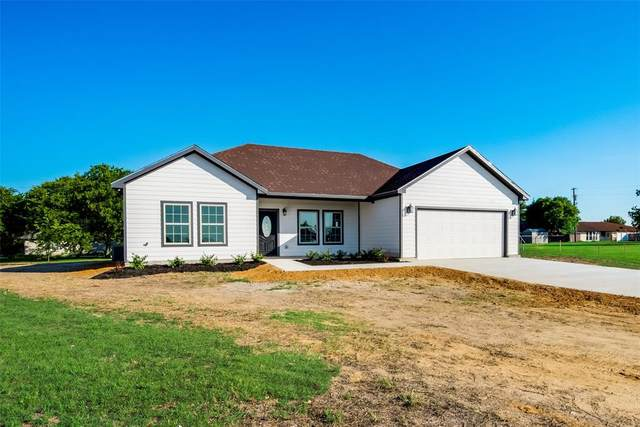 1113 Valley View Drive, Cleburne, TX 76033 (MLS #14604651) :: Real Estate By Design