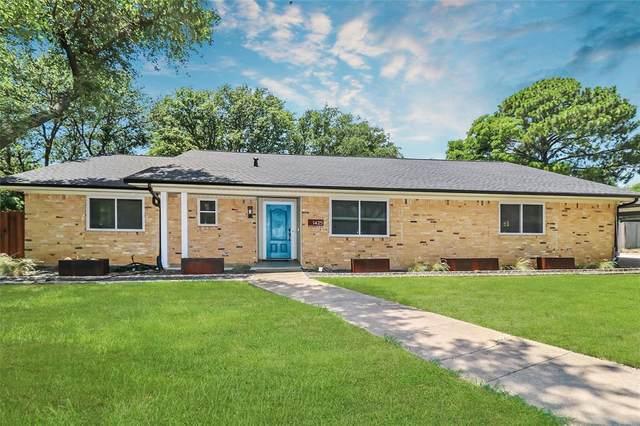 1425 Dorris Street, Hurst, TX 76053 (#14604652) :: Homes By Lainie Real Estate Group