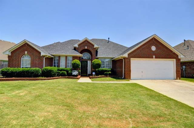 1311 Pegasus Drive, Arlington, TX 76013 (MLS #14604761) :: Front Real Estate Co.