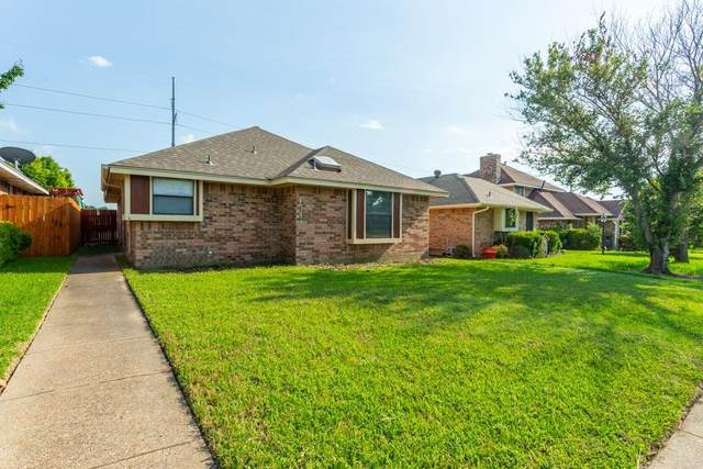 1544 Copper Meadow Drive, Mesquite, TX 75149 (#14604778) :: Homes By Lainie Real Estate Group
