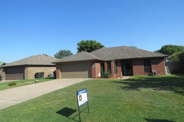 302 Odell Street, Cleburne, TX 76033 (MLS #14604844) :: RE/MAX Landmark