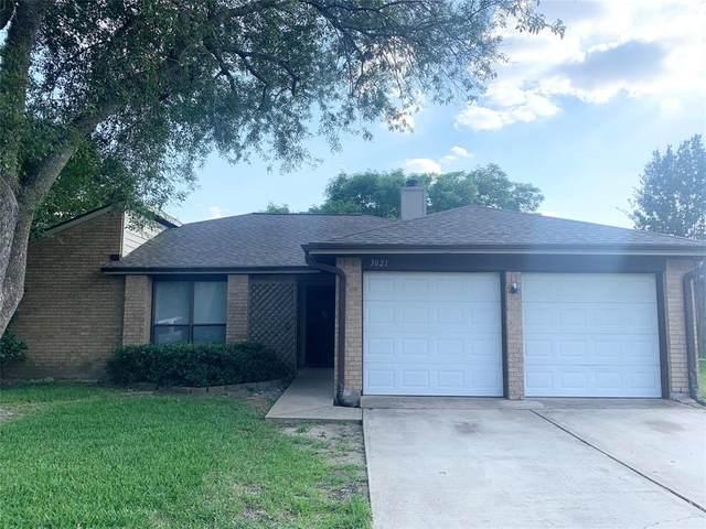3021 Colony Drive, Mesquite, TX 75150 (MLS #14605096) :: The Star Team | JP & Associates Realtors