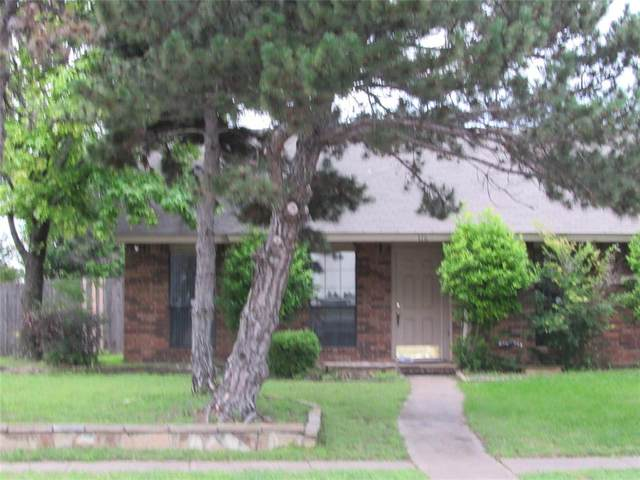 116 S Cannady Drive, Cedar Hill, TX 75104 (#14605196) :: Homes By Lainie Real Estate Group