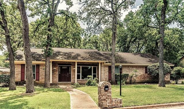 203 Shelmar Drive, Euless, TX 76039 (MLS #14605303) :: The Property Guys
