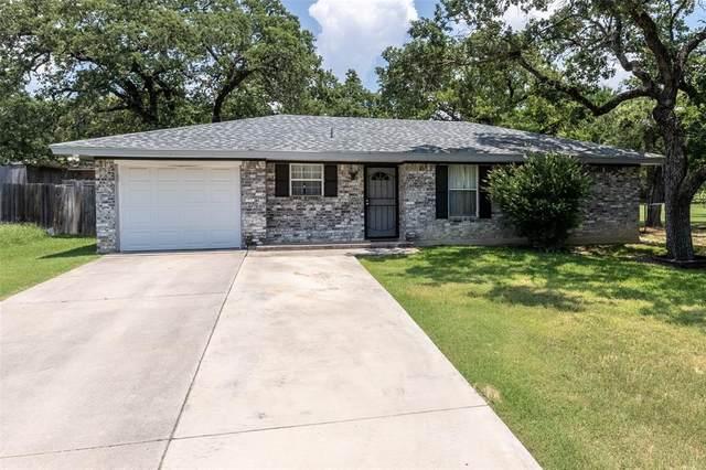 105 Rhoades Street, Azle, TX 76020 (MLS #14605451) :: RE/MAX Pinnacle Group REALTORS