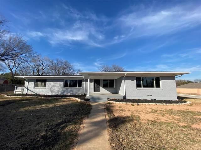 1633 Black Hawk Lane #1633, Garland, TX 75043 (MLS #14605759) :: The Rhodes Team