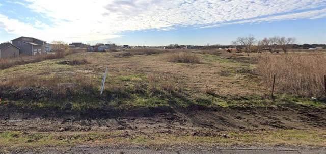 8536 Kelly Lane, Alvarado, TX 76009 (MLS #14605788) :: Team Tiller