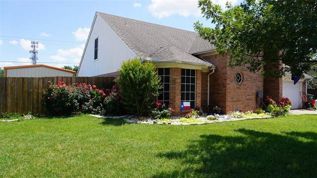 801 Yellowstone Drive, Mansfield, TX 76063 (MLS #14605833) :: The Great Home Team