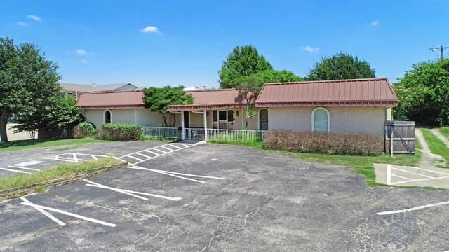 6605 Dan Danciger Road, Fort Worth, TX 76133 (MLS #14606030) :: Real Estate By Design
