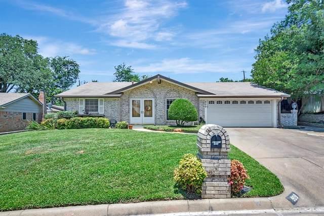 909 Natchez Avenue, Bedford, TX 76022 (MLS #14606295) :: The Good Home Team