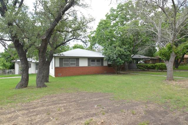 1402 W 1st Street, Lampasas, TX 76550 (MLS #14606340) :: Real Estate By Design