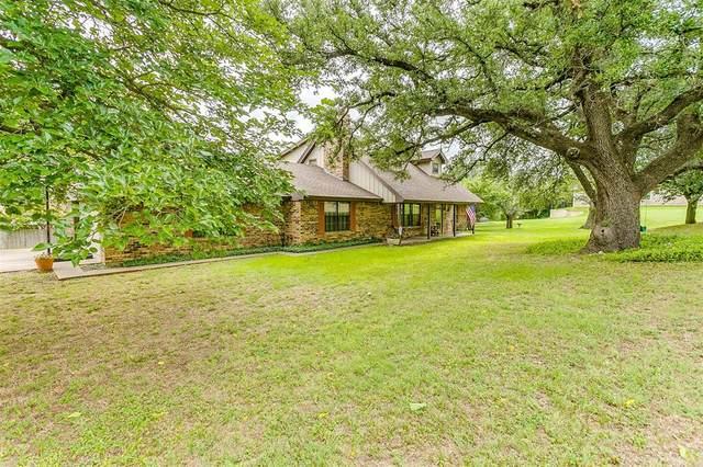 1901 Eastview Terrace, Granbury, TX 76048 (MLS #14606519) :: Real Estate By Design