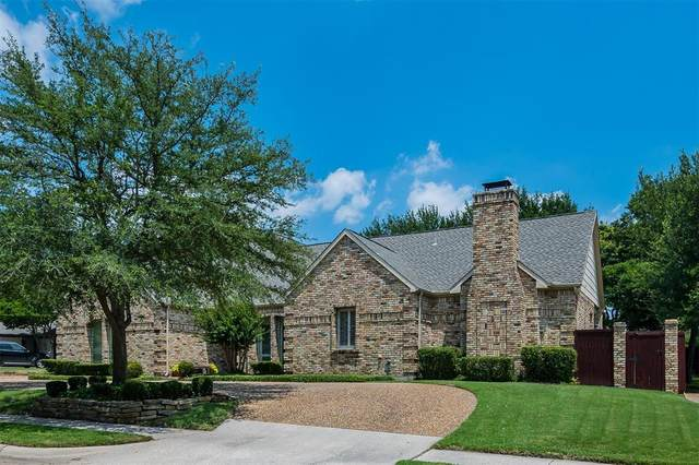 2100 Bridge View Lane, Plano, TX 75093 (MLS #14606562) :: Real Estate By Design