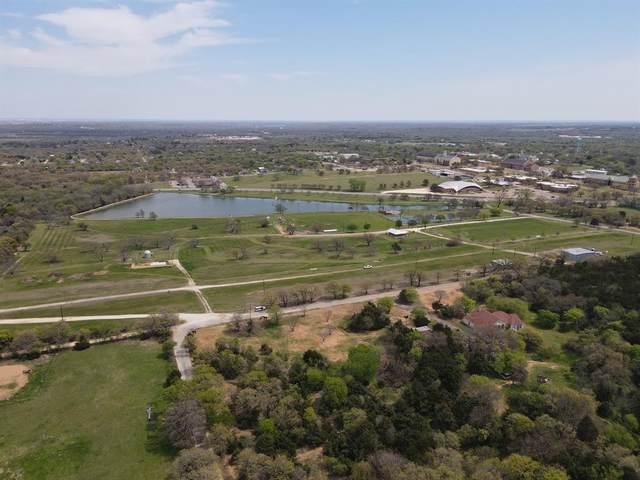 412 Linden, Keene, TX 76059 (MLS #14606618) :: Lisa Birdsong Group   Compass