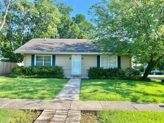 1717 Bonham Street, Commerce, TX 75428 (MLS #14606672) :: Wood Real Estate Group