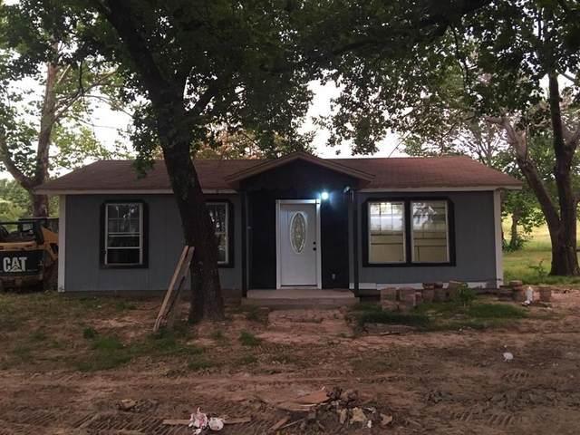 3726 N Us Highway 287, Alvord, TX 76225 (MLS #14607131) :: Real Estate By Design