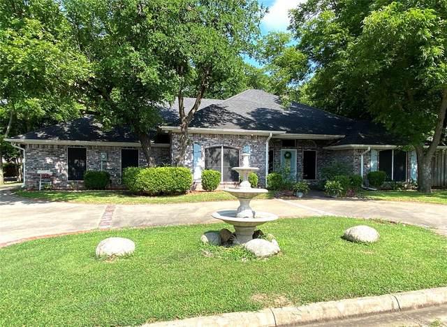 101 Lauren Lane, Pottsboro, TX 75076 (MLS #14607351) :: The Property Guys
