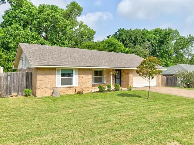 219 Case Street, Weatherford, TX 76086 (MLS #14607702) :: EXIT Realty Elite
