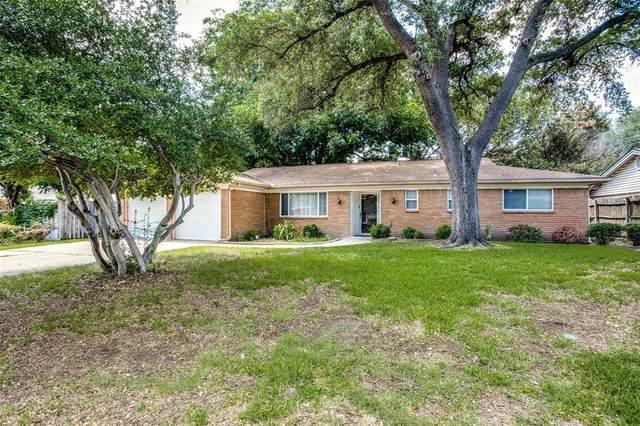 1731 Weathered Street, Irving, TX 75062 (MLS #14607735) :: The Kimberly Davis Group