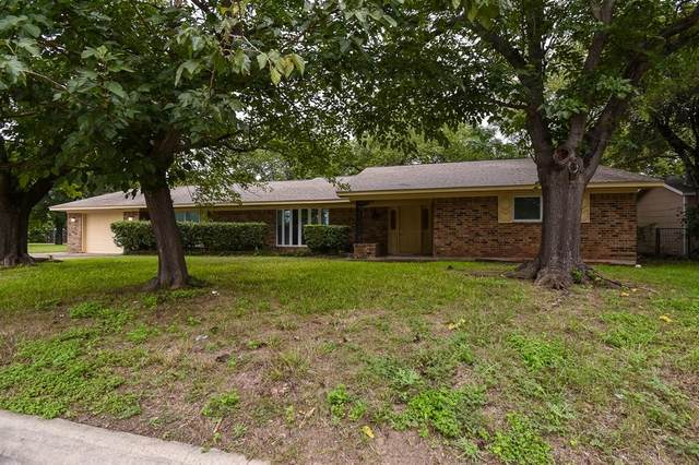 203 S Wood Street, Denton, TX 76205 (MLS #14608042) :: The Property Guys