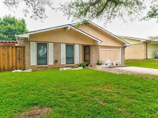 3305 Country Lane, Grand Prairie, TX 75052 (MLS #14608077) :: The Great Home Team