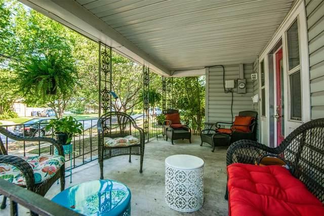 1002 Bolivar Street, Denton, TX 76201 (MLS #14608237) :: All Cities USA Realty