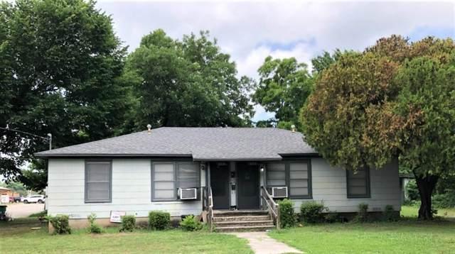211-213 W Church Street, Gainesville, TX 76240 (MLS #14608574) :: The Chad Smith Team