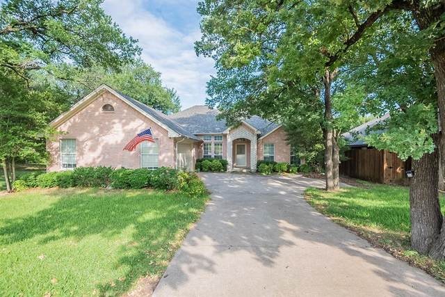 217 Alsbury Boulevard, Burleson, TX 76028 (MLS #14609377) :: The Property Guys