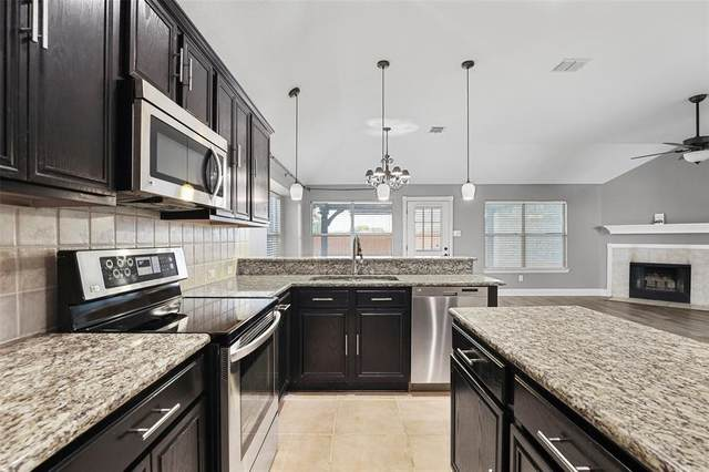 533 Branchwood Drive, Midlothian, TX 76065 (MLS #14609504) :: Feller Realty