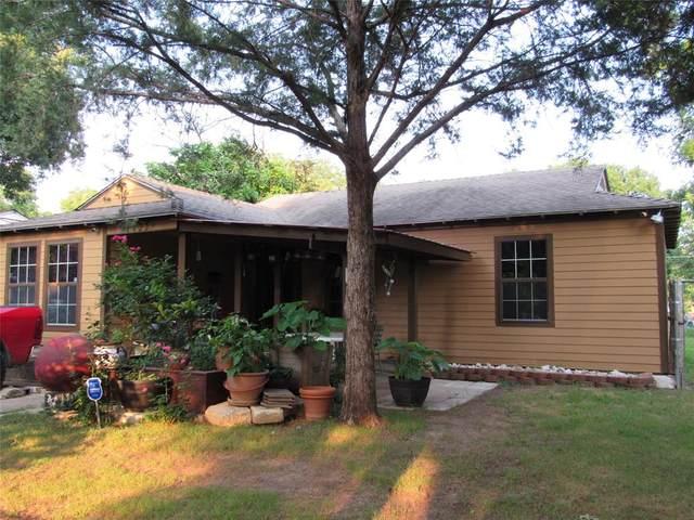 11122 Barbarosa Drive, Dallas, TX 75228 (MLS #14609522) :: Real Estate By Design