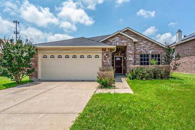 2913 Lipizzan Drive, Denton, TX 76210 (MLS #14609949) :: Real Estate By Design