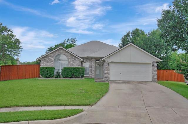 8004 San Jacinto Court, North Richland Hills, TX 76180 (MLS #14610495) :: Rafter H Realty