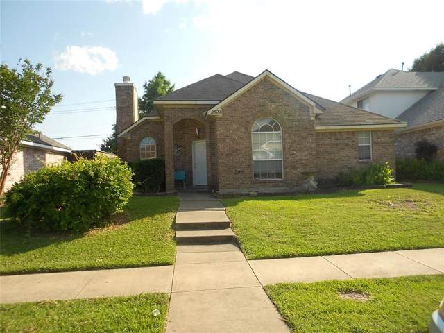2809 Clearwater Drive, Mesquite, TX 75181 (MLS #14610663) :: The Krissy Mireles Team