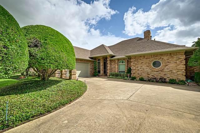 820 Muirfield Drive, Mansfield, TX 76063 (MLS #14610717) :: Real Estate By Design