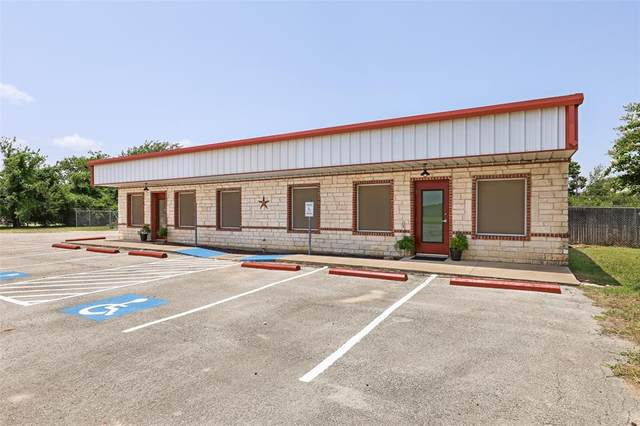 500 W Kilpatrick Street, Cleburne, TX 76033 (MLS #14611833) :: Real Estate By Design