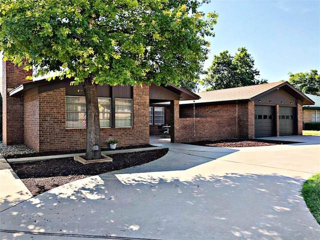 1710 Lou Avenue, Sweetwater, TX 79556 (MLS #14611991) :: Lisa Birdsong Group | Compass