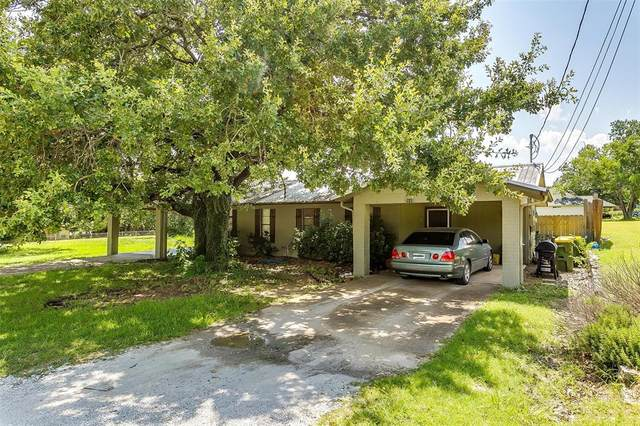2110 Tanglewood Street, Weatherford, TX 76085 (MLS #14612491) :: Frankie Arthur Real Estate