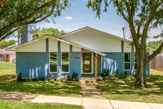 1025 Bellflower Drive, Carrollton, TX 75007 (MLS #14612599) :: Real Estate By Design