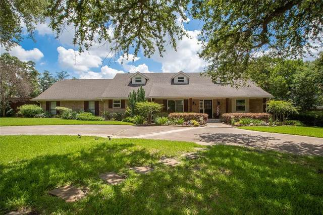 14140 Edgecrest Drive, Dallas, TX 75254 (MLS #14613039) :: Rafter H Realty