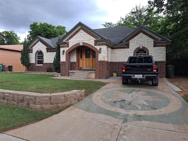 620 Terry Road, Hurst, TX 76053 (MLS #14613137) :: The Chad Smith Team