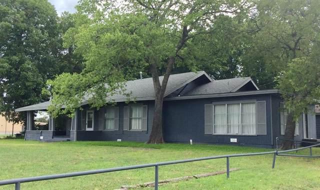 1503 N Center Street, Bonham, TX 75418 (MLS #14614608) :: Robbins Real Estate Group