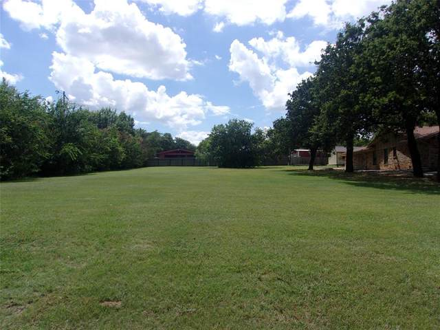 1202 Woodland Trail Drive, Bowie, TX 76230 (MLS #14615276) :: Robbins Real Estate Group