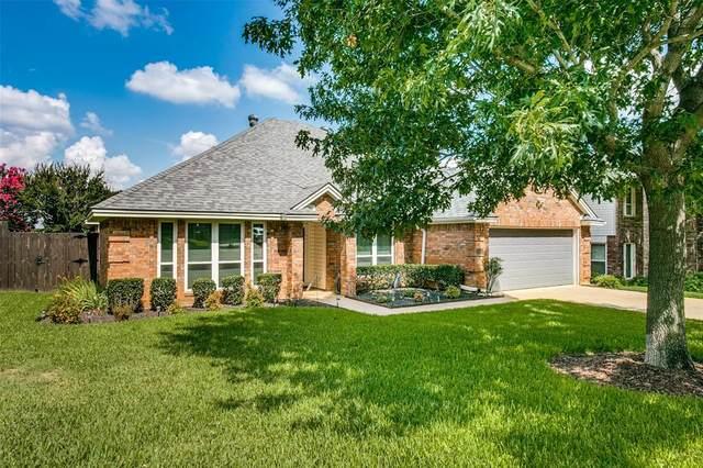 5228 Brettenmeadow Drive, Grapevine, TX 76051 (MLS #14615500) :: The Star Team | JP & Associates Realtors