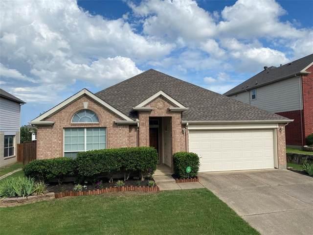 2212 Oak Park Drive, Bedford, TX 76021 (MLS #14615766) :: Real Estate By Design