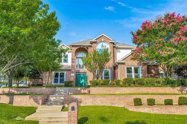 2405 River Rock Circle, Arlington, TX 76006 (MLS #14615828) :: Real Estate By Design