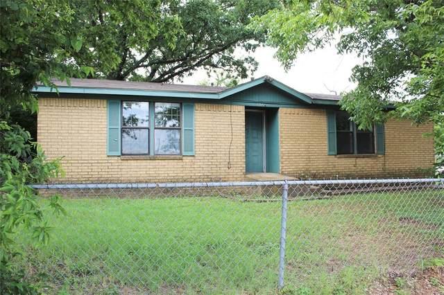 1002 E Hook Street, Stephenville, TX 76401 (MLS #14615946) :: 1st Choice Realty