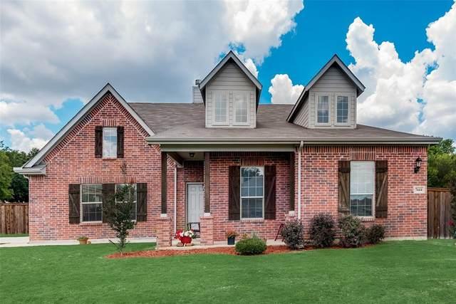 7444 Rose Crest Boulevard, Forest Hill, TX 76140 (MLS #14616040) :: Real Estate By Design