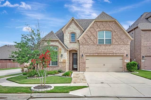 417 Chestnut Lane, Roanoke, TX 76262 (MLS #14616049) :: The Mauelshagen Group